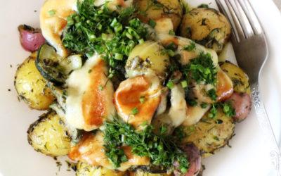 Sałatka z pieczonych ziemniaków z oscypkiem